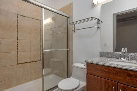 downtown-cleveland-oh-Condo-bathroom-3-Unit-406.jpg