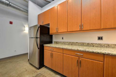 high-end-downtown-cleveland-oh-Condo-Unit-303-22.jpg